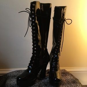 Patent leather goth boots